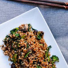 Crispy Garlic Fried Rice with Kale