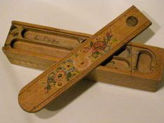 Wooden pencil boxes before they started to make 'em in plastic - the plastic ones came in the late School Pencil Boxes, Wooden Pencil Box, Objets Antiques, Nostalgia, Vintage School, Retro Toys, The Good Old Days, Kitsch, Childhood Memories