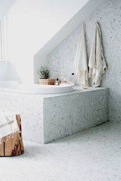 styled by interior designer Daniella Witte. ab04358d99ff1