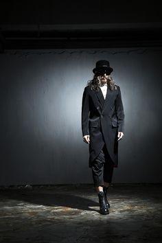 #byther#gothic#mensfashion#ootd#dailylook#aboutalook#photoshoot#black#darkwear#darksnap#lookbook #darkwear #Allblack