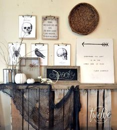 Halloween Clipboard Art- these are pretty cool- if you're in Portland- go to SCRAP instead of the Dollar Store Retro Halloween, Vintage Halloween Crafts, Halloween Kitchen, Diy Halloween Decorations, Halloween House, Spooky Halloween, Halloween Ideas, Farmhouse Halloween, Spooky House