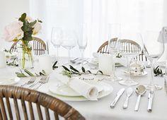 Que tal uma mesa minimalista e elegante para o jantar? A escola de estilo Westwing vai te ensinar a montar uma mesa de dia dos namorados. Vem aprender!