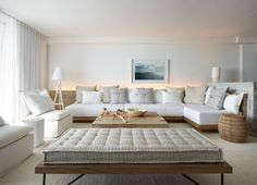 cushion  1 Hotel South Beach by Meyer Davis Studio Inc. (6)