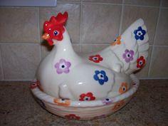 Emma Bridgewater Bright Flowers hen on nest