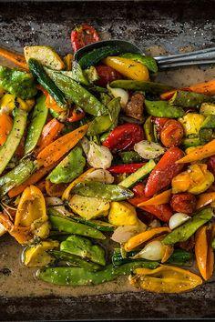Grilled Vegetables with Lemon Herb Vinaigrette on a wood pellet grill. Grilled Vegetable Recipes, Grilled Vegetables, Vegetable Dishes, Vegetarian Recipes, Bbq Vegetables, Traeger Recipes, Pork Recipes, Pellet Grill Recipes, Veggies