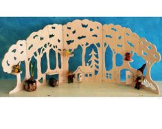 woodback drop for nature table There is a bunch of different ones http://www.denoest.com/c-595319/season-decorations/