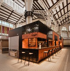 Central Bar by Ricard Camarena. Enjoy the culinary ritual of local products in a small oasis in the middle of the busy Mercado Central, Valencia. Retail Interior, Restaurant Interior Design, Cafe Interior, Kiosk Design, Cafe Design, Retail Design, Store Design, Cafe Shop, Cafe Bar