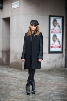 Carolines Mode | StockholmStreetStyle #winterstyle #allblackeverything