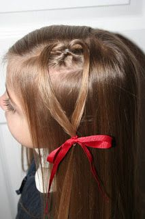 heart hair style for Valentine's Day. different styles too Oestreich Oestreich Sharp I thought of you when I saw this! Valentine's Day Hairstyles, Cute Girls Hairstyles, Pretty Hairstyles, School Hairstyles, Braid Hairstyles, For Elise, Heart Hair, Hair Flip, Hair Dos