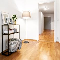Interiør, avlastningsbord, inspirasjon, svart metall, moderne Lighting, Home Decor, Stylus, Decoration Home, Room Decor, Lights, Home Interior Design, Lightning, Home Decoration