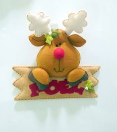 Very cute reindeer, have to stock up on felt this year!
