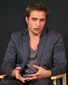 Robert Pattinson at the Apple Store Q in London during the Cosmopolis promo, August 2012.