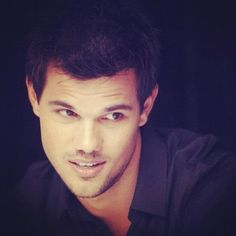 Women touch me without permission: Taylor Lautner