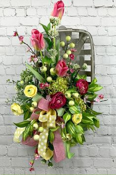 Welcome to the July 2019 showcase of beautiful wreaths and centerpieces! These stunning creations were made by designers in the Trendy Tree Marketing Diy Spring Wreath, Spring Door Wreaths, Winter Wreaths, Tobacco Basket Decor, Patriotic Decorations, Holiday Decorations, Christmas Mesh Wreaths, Halloween Wreaths, Prim Christmas