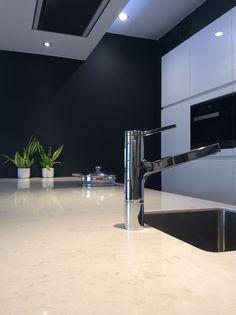 Silestone Lagoon @Van Lommel keukens Westerlo by MB natuursteen