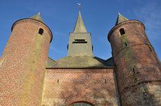 Eglise Notre-Dame (église fortifiée - 1547) .La Bouteille (Aisne - Thiérache) - Picardie