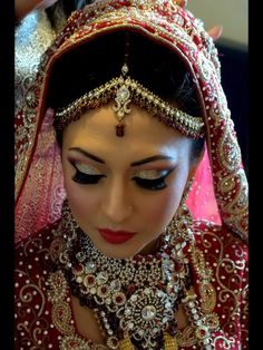 My wedding day makeup done by the amazing Tripti Soor, based in London