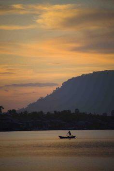 heyfiki:  Kampot by DarrenWilch on Flickr.
