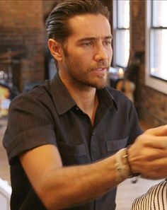 Justin Bobby Brescia Cuts Our Hair: Watch The Hills Alum in Action! - Us Weekly