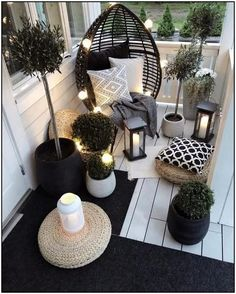 Beautiful Outdoor furniture for a small space. Get inspired to makeover your fro… Beautiful Outdoor furniture for a small space. Apartment Balcony Decorating, Apartment Balconies, Cool Apartments, Outdoor Furniture Design, Balcony Furniture, Garden Furniture, Diy Furniture, Furniture Makeover, Barbie Furniture