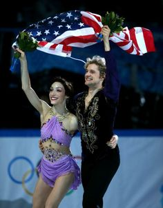 U.S. ice dancers, Davis and White win Olympic gold