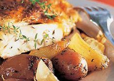 Gebraden kip met tijm en oregano, aardappelen en ajuin