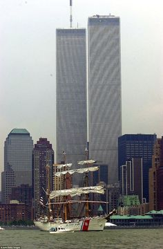 Stephan Noli Blog: World Trade Center Reopens For Business After It W...