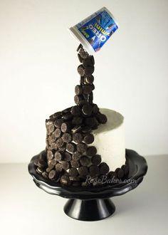 A Busy Weekend: Caleb's Birthday & Gravity-Defying Oreo Cake - Tortenkunst - Torten Anti Gravity Cake, Gravity Defying Cake, Food Cakes, Cupcake Cakes, Cupcakes, Beautiful Cakes, Amazing Cakes, Buckwheat Cake, Drip Cakes