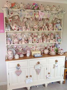 Louise's fabulous Emma Bridgewater dresser