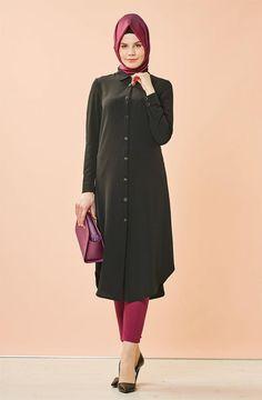 """Nihan Tunik-Siyah Z4071-09 Sitemize """"Nihan Tunik-Siyah Z4071-09"""" tesettür elbise eklenmiştir. https://www.yenitesetturmodelleri.com/yeni-tesettur-modelleri-nihan-tunik-siyah-z4071-09/"""