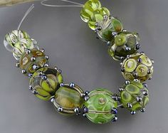 Green Royalty -  handmade glass lampwork beads Kimbeads Loribeads