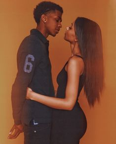 i wanna take pictures like this with someone's son 🥺. Black Relationship Goals, Couple Goals Relationships, Couple Relationship, Black Love Couples, Cute Couples Goals, Dope Couples, Couple Style, Couple Noir, Photoshoot Themes