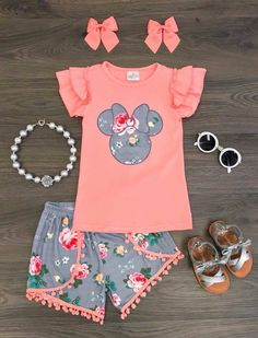 Coral Minnie Pom Pom Short Set So. Can I get this in my size? Little Girl Outfits, Toddler Outfits, Kids Outfits, Cute Outfits, Disney Outfits Girls, Fall Outfits, Baby Girl Fashion, Toddler Fashion, Kids Fashion