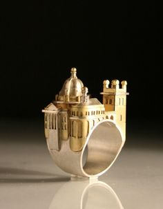 Vicki Ambery-Smith http://www.craftscouncil.org.uk/directory