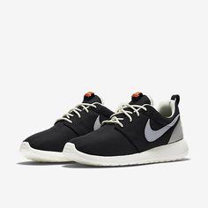 17 best NIKE ROSHE ONE images on Pinterest Nike roshe, Retro shoes