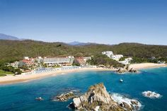 Book a vacation package at Dreams Huatulco Resort & Spa in Huatulco, Mexico Pacific. Book online with WestJet Vacations today. Mexico Resorts, Mexico Vacation, Vacation Deals, Dream Vacations, Vacation Spots, Mexico Travel, Apple Vacations, All Inclusive Honeymoon, All Inclusive Resorts