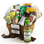 Japanese Premier Gift Basket Our amazing Japanese gift basket has everything! Give the perfect gift to your favorite foodie to explore the tastes, flavors and popular foods of Japan. Dutch Recipes, Swedish Recipes, Irish Recipes, Gourmet Recipes, Gourmet Gift Baskets, Gourmet Gifts, Food Gifts, Japanese Gifts, Japanese Food