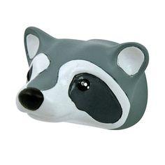 Schattig kinderkapstokje in de vorm van een wasbeerhoofd; leuk te combineren met de andere bosdieren kapstokjes van the Zoo.
