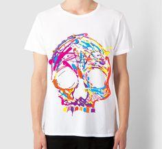T-Shirt stampata e indossata