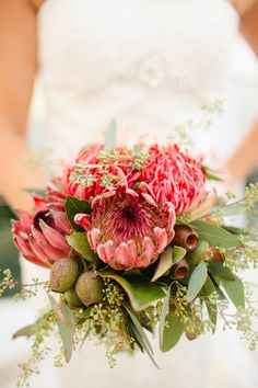 King Protea bouquet! Photography by Sharon De La O / sharondelao.com, Floral Design by Jenny B Floral / jennybfloraldesign.com