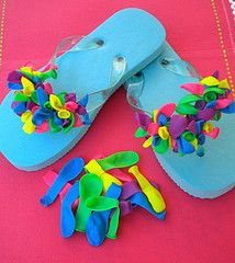 Simple, fun and easy way to decorate flip flops for any age. Click the picture for instructions.