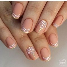 French Nail Art designs are minimal yet stylish Nail designs for short as well as long Nails. Here are the best french manicure ideas which are gorgeous. Henna Nails, Gel Nails, Henna Nail Art, Acrylic Nails, Shellac Nail Art, Lace Nail Art, Toenails, Nail Polishes, French Nails