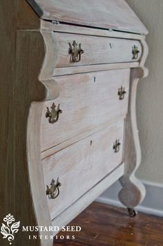 Very good tutorial of how to white wash furniture (/lp).Curtesy of miss mustard seed. She used watered down milk paint to get this effect but says you can use other paints as well.
