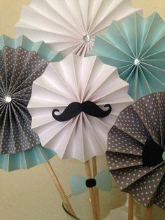 Rosetones de papel para decorar tu fiesta - Dale Detalles