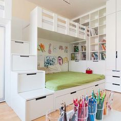 47 Modern Kids Room Design Ideas Thah Built In Beds - Each and every room of your home is undoubtedly very important and needs special care and attention in its decoration. But when it comes to your kids . Built In Bed, Kids Room Design, Home And Deco, Kid Beds, Kids Furniture, Luxury Furniture, Boy Room, Girls Bedroom, Room Decor