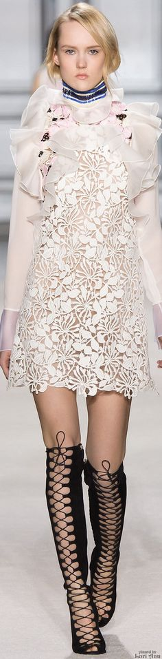 -Giambattista Valli Fall 2015 RTW. <3