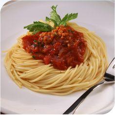 Spaguetti a la Bolonessa Vegano. ¡Saca de apuros para una cena romántica! Con carne de soja y la salsa con champiñones :)
