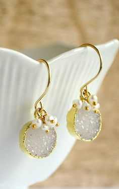 Round druzy earrings pearl