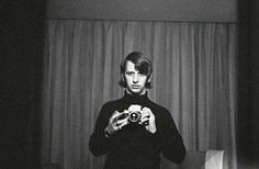 Ringo Starr taking a selfie | Rare and beautiful celebrity photos