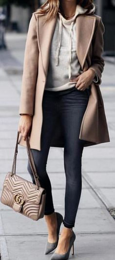 #spring #outfits woman wearing brown coat, grey top, and black denim jeans with brown Gucci leather handbag. Pic by @style_allure